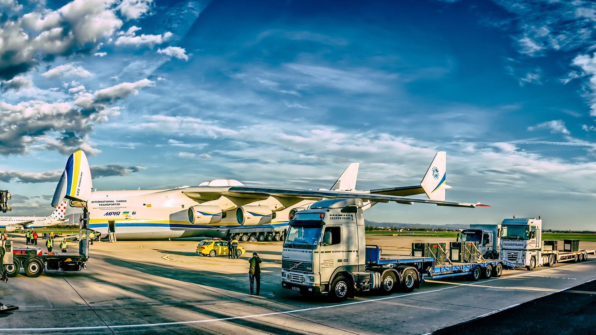 house-pickup-sea-and-land-transporation-multimodal-transportation-freight-logistics-sri-lanka